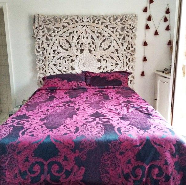 http://ru.aliexpress.com/item/bedding-set-jacquard-silk-cotton-series-for-queen-size-4pcs-duvet-quilt-bedlinen-covers-bedclothes-luxury/1895580995.html Действительно красивое и качественное постельное белье Около двух лет