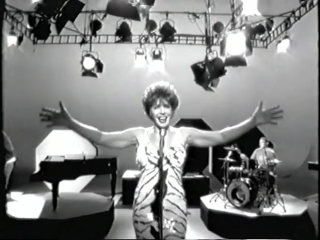 Shirley Bassey (Propellerheads) - History repeating