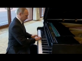 Путин сыграл на рояле в резиденции Си Цзиньпина_Putin played the piano