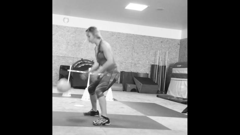 Тренировка Шарлин Ван Сник