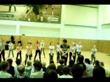 танец Каира и девочек