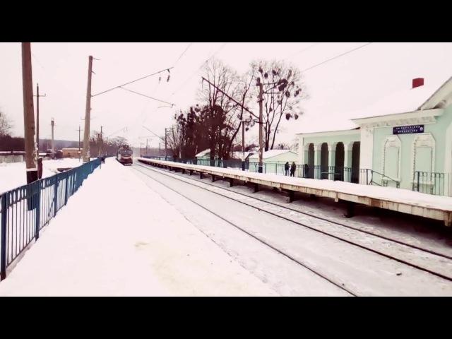 ЧС2 576 с поездом Харьков Красноград следует платформу Карачёвка