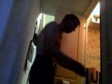 Саша Соловьев (Ролик - 4) Стирка + Случайно, захлопнул дверь в туалет) Чинит!!!