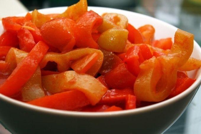 Лечо из помидоров и перца с морковью