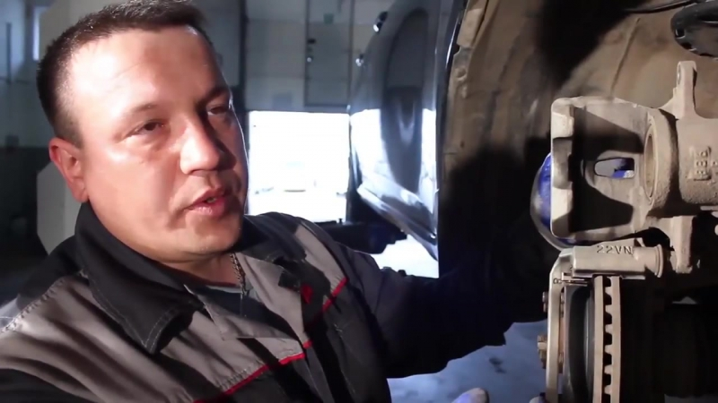 АВТОКОМИТЕТ замена тормозных колодок в дисковых тормозах (httpsvk.com_avtokomitet)