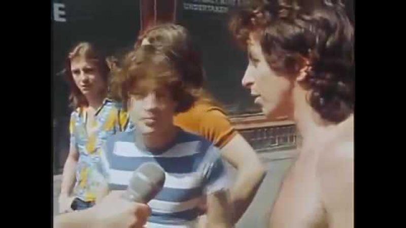 ✪✪✪ Перевод интервью с Ангусом Янгом и Боном Скоттом 16 07 1976