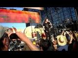 Imagine Dragons с песней Radioactive на фестивале KROQ weenie Roast 2013