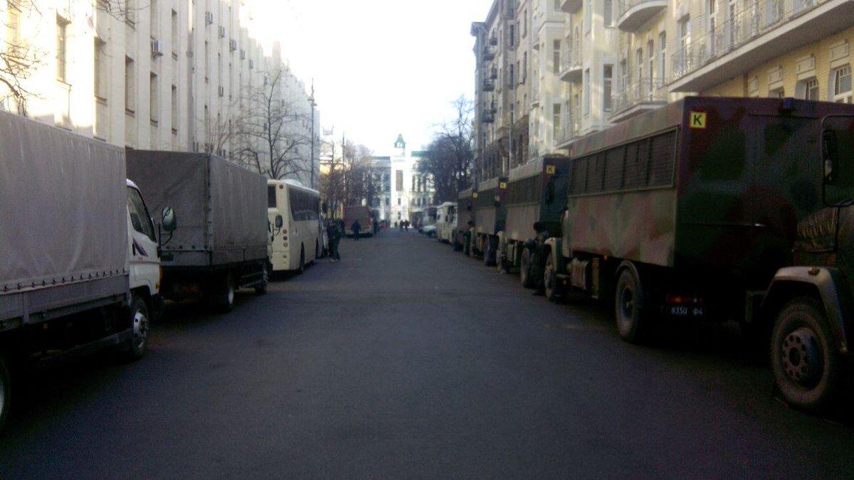 Правоохранители сегодня - не чья-то частная армия, они работают для безопасности граждан, - Аваков - Цензор.НЕТ 2928