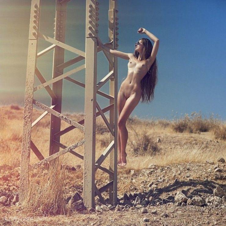 Hot sexy girl strip nude