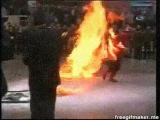 Сгорел сарай, гори и хата
