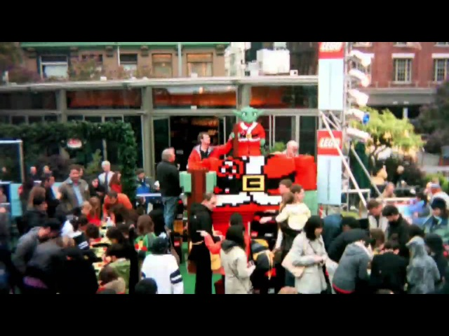 LEGO® Star Wars™ Holiday Special: