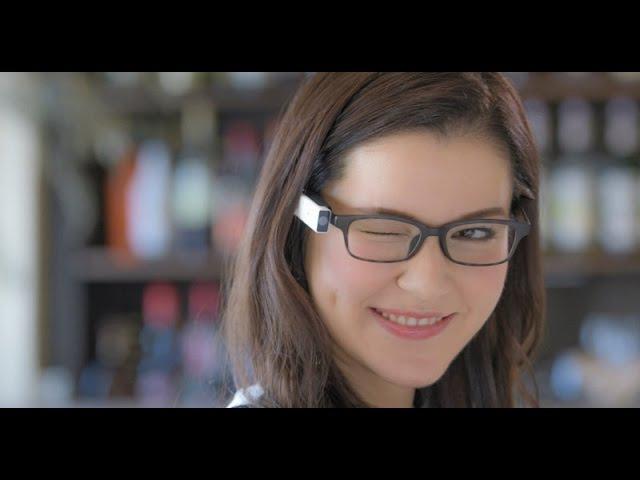 Blincam - очки-камера, затвор которой управляется миганием глаза