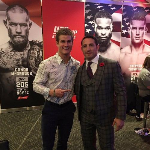 Сейдж Норткатт с Тимом Кеннеди на UFC 205
