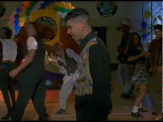 Ricky Delia Dancing (My So-Called Life, s01e11)