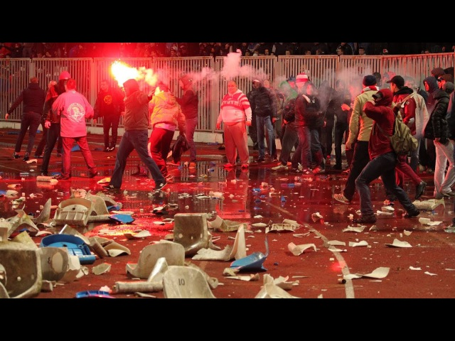 HOOLIGANS RUSSIA VS POLICE\SPARTAK MOSCOW VS ACAB\HARD FIGHT AND RIOTS
