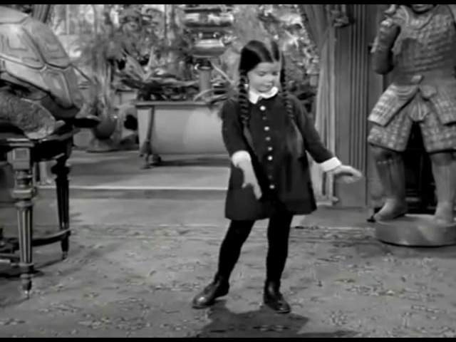 The Addams Family dancing Blitzkrieg Bop by the Ramones
