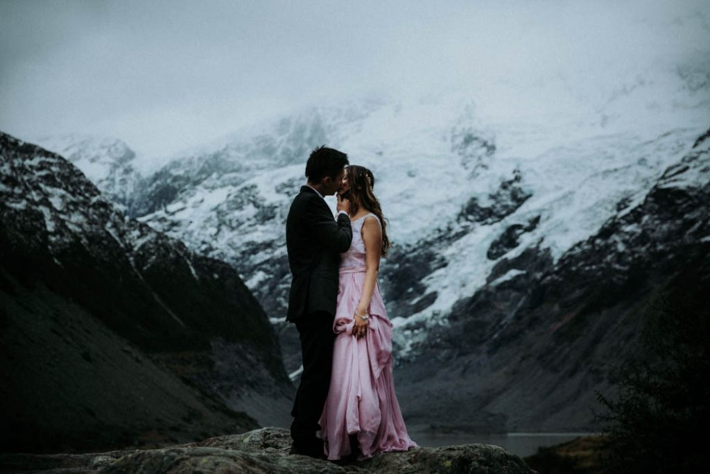 JGDXItf7mO8 - Могли бы быть свадебные ведущие у хоббитов? (34 фото)