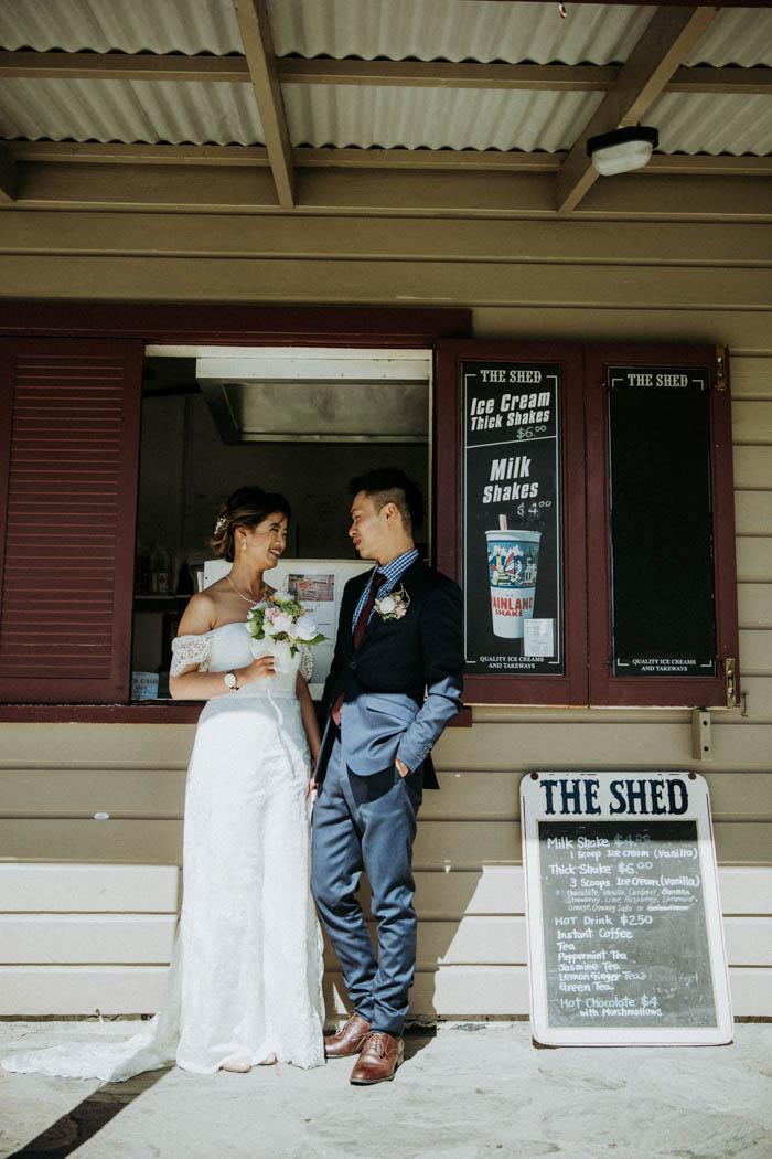 OmQFRlROe98 - Могли бы быть свадебные ведущие у хоббитов? (34 фото)