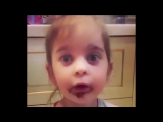 Кто брал шоколадку Хитрый зайчик съел все конфетки