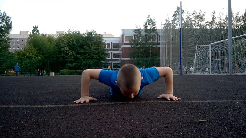 Захар 7 лет(2009г.р.) Вес 29кг