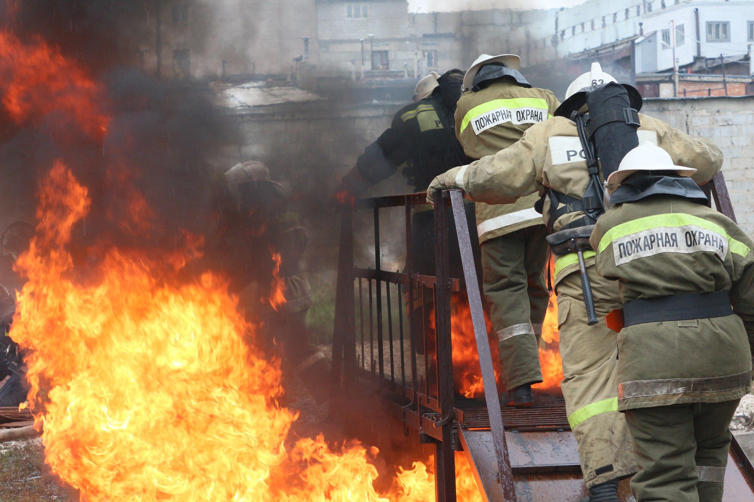 Студенты 3 курса приняли участие в огневой полосе препятсвий