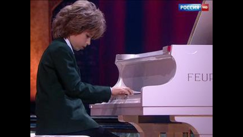 Артем Шило. Фортепиано - В. Моцарт Попурри - Синяя Птица. Сезон 2015