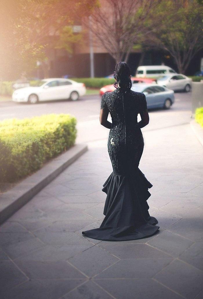 Черное свадебное платье неумирающая классика (10 фото). Заказать свадебного ведущего в Волгограде: +7(937)-727-25-75 и +7(937)-555-20-20