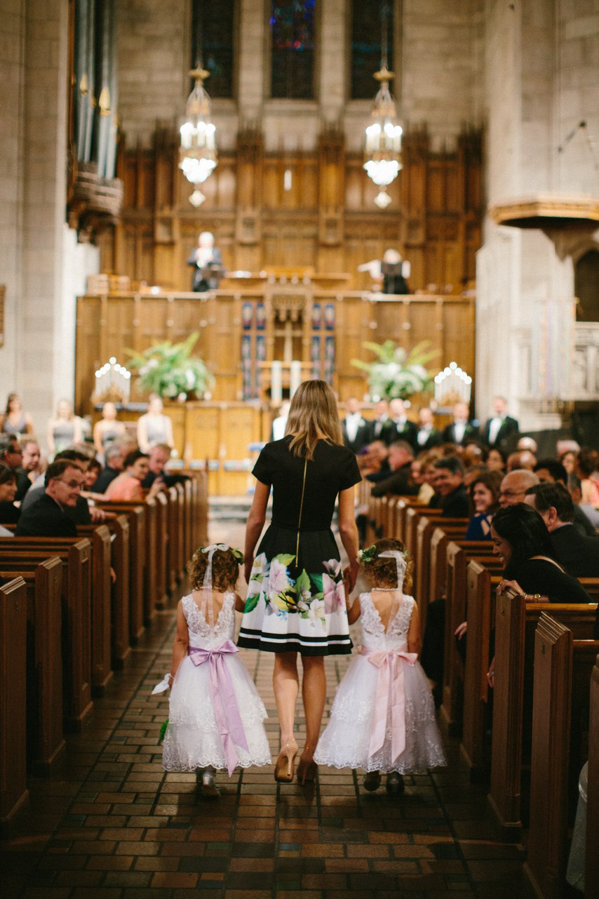 Душевный ведущий на свадьбу – брат невесты (29 фото). Фото со свадьбы. Ведущий на свадьбу в Волгограде. Павел Июльский. Заказ ведущего: +7(937)-727-25-75 и +7(937)-555-20-20