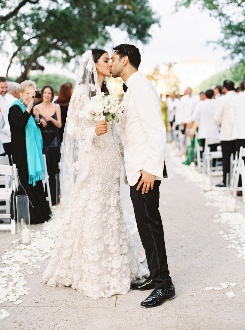 VVpnr8zdpWQ - Он сделал ей предложение на свадьбе друга (43 фото)