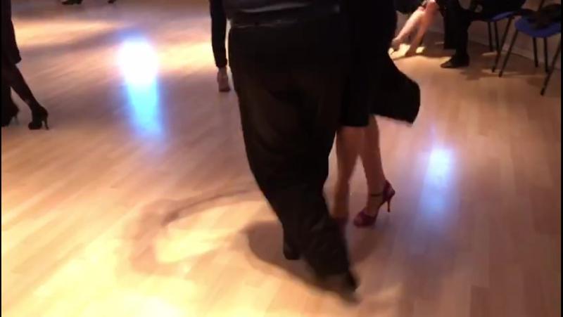 Модерируемая практика Аргентинского танго в D-FUSION_2