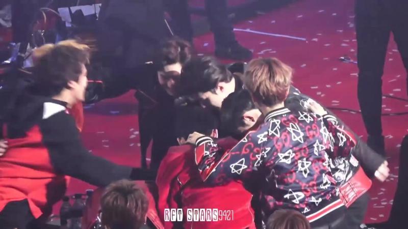 [FANCAM] 170119 The 26th Seoul Music Awards @ EXO's Sehun - Daesang