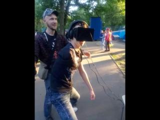 Когда первый раз одел шлем виртуальной реальности(VR)