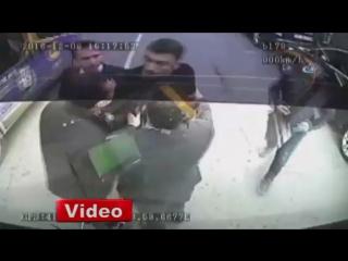 Конфликт Бурак Йылмаза с водителем автобуса!