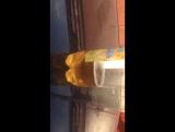 Лимонад пляшет