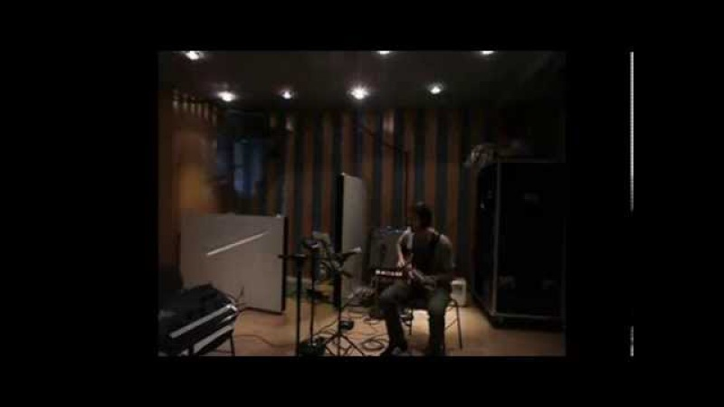 MJF|2014-Internet|Round-Guitar-Emiliano-Sampaio-Austria-01