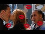 Chica Regalando Besos en La Calle - PRANK   Niti2Show