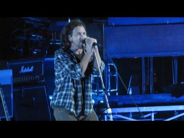 Pearl Jam: Severed Hand [HD] 2010-05-15 - Hartford, CT