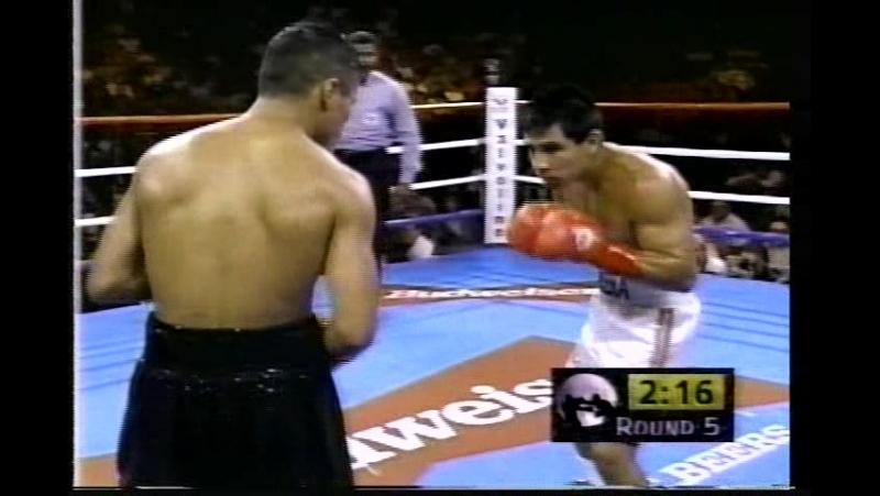 Marco Antonio Barrera vs Jesse Magana (14-09-1996)