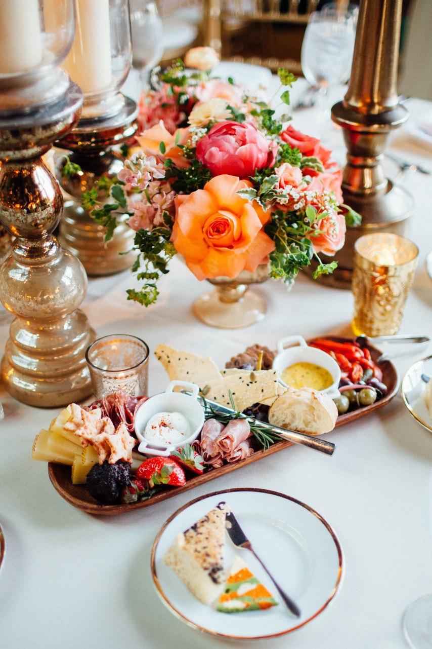 Внутренний покой: Как их ведущий на свадьбу вспоминает об этом торжестве. Свадебный ведущий Волгоград. Заказать ведущего на свадьбу: +7(937)-727-25-75 и +7(937)-555-20-20