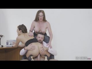 Начальник с начальницей трахнули свою секретаршу Threesome/Group sex/All sex/Blowjob/Teen/Mature