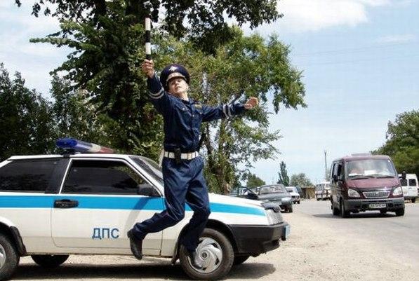Қазақша әзілкеш, анекдот: Жол полицей қызметкері