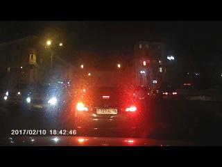 Полиция Усть-Каменогорска нарушает ПДД. Февраль 2017.