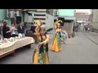 Гулзада би тобы - Узбекский танец - 1463477035289