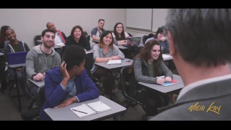 подбор учитель поставил пустую банку на стол смотреть шершавости пяток