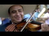 #LaMusicaRompeFronteras - Flashmob de Mariachi en Espa