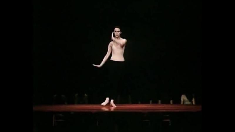 Майя Плисецкая – «Болеро» Равеля (хореография Мориса Бежара)