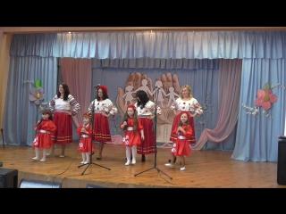 «Якби мені черевички»-(Заболотня Анна та Віка, Яхнієнко Тетяна та Алісочка, Мішина Наталія та Маша, Чала Віта та Люда)