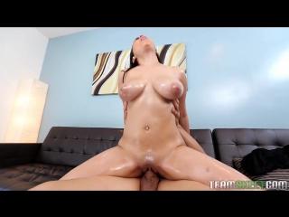 Миниатюрная грудастая / Busty Petite (Ada Sanchez) 2017 (Gonzo, Big Boobs, Blowjob, Big Butt, Straight, порно, секс)
