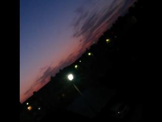 — А завтра снова будет утро. И мы снова сможем бороться за свои мечты.
