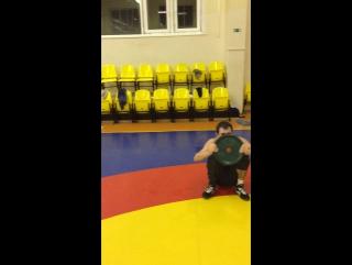 Круговая тренировка борцов в ДЮСШ